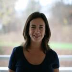 La terapia psicológica en línea es brindada por la Dra. Clara Schoham